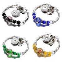 Bracelets de charme AB0053 Fashion Beauté Argent Couleur Fleurs Verre Perles Snap Flexible Fit 18mm Boutons Bijoux en gros