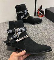 2019 New Designer Men Martin Boots Moda Maschio Moda in vita Catena Personaggio appuntito in pelle glassata Cowboy Rhubarb Boots.37-45