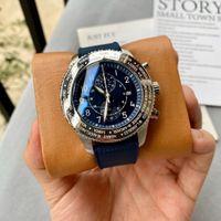 높은 학년 남자 42mm 쿼츠 배터리 크로노 그래프 일본 운동 파란색 고무 스포츠 모델 날짜 Wristwatch 스테인레스 스틸 무료 배송