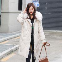 Негабаритные женщины большие меховые капюшон белые утка вниз куртки женщины толстые дополнительные длинные пальцы на пальто женской вагонки плюс размер женской ткани
