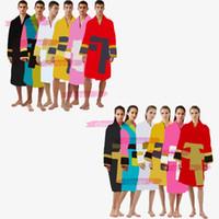 남성 럭셔리 클래식 코튼 목욕 가운 남성과 여성 브랜드 잠옷 기모노 따뜻한 목욕복 홈 착용 유니섹스 목욕 가운 KLW1739