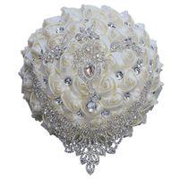 Bouquet de mariée de mariage de diamant goutte à eau avec des fleurs faits à la main cristal strass rose fournitures de mariage de mariage mariée tenant bouquet de broche