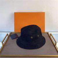 Herrenkappe Mode Stingy Rand Hüte Doppelschleiß mit Buchstaben Strandhüte Atmungsaktive Einbau Unisex Vier Saisonkappen Hohe Qualität