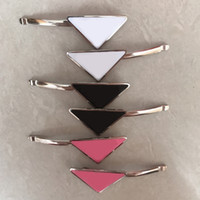 Chaud Vente Triangle Lettre Cheveux Clip Femmes Girl Triangle Barrettes Avec Stamp Mode Accessoires de cheveux de haute qualité