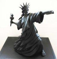 Статуя современного искусства Свободы бросить факел черный цвет бунт свободы Лондон арт ярмарка смола скульптура домашнего декора творческий подарок