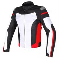 Nuevo traje de carreras de motocicletas de pequeña estrella con traje de caballo Caballero caída de invierno destreza desmontable con engranaje protector Protección contra el frío