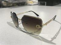 Alta calidad Aviator Gafas de sol Diseño Mujeres Gafas de sol Polarizado Lente UV400 Marco cuadrado para hombres con caja