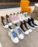 Kadın Ayakkabı Yüksek Üst Tasarımcı Pamuk Tuval Ve Dolaşık Keskin Keskin Keskin Kontrast Ile Keskin Kontrast Kauçuk Kauçuk Outsole Sneakers Marka Squad Sneaker Boot 35-41
