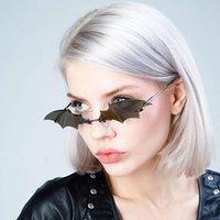 2020 новая летучая мышь солнцезащитные очки женщин мода улица фото маленькая рамка солнцезащитные очки женщин забавный танец