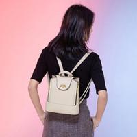 حقيبة الظهر النزول سيدة المألوف المرأة ركاب daypack حقيبة الأعمال عارضة امرأة الظهر