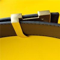 Avec Box 9Color 2021 Ceintures Mode Stripe motif Jeans Boucle Gold Hommes Designer européen de haute qualité Cuir de haute qualité Femme L Ceinture noire Cintura 90-125cm