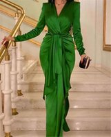 Long Sleeve Pleated Prom Formal Dresses 2022 V-neck Ruffles Plus Size Evening Gown Lace Appliqued Elegant Party Gowns Dress abendkleider