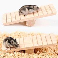 Hamster Golden Bear Wood Seesaw antiscivolo molare legno sport esercizio giocattolo cincillàs Guinea pet divertente rifornimenti di gioco giocattolo