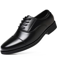 أحذية اللباس الأعمال فو الجلود الرجال تنفس المطاط الرسمي الذكور مكتب الزفاف الشقق الأحذية mocassin أوم شوس