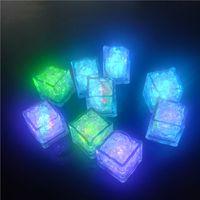야간 조명 7 색 LED 아이스 큐브 빛나는 깜박이 깜박이 깜박이 참신 파티 공급