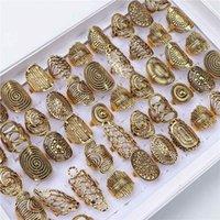 Partihandel vintage snidad blomma silver guldpläterade smycken metall ringar för kvinnor storlek 17mm till 20mm mix stil