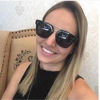 النظارات الشمسية العلامة التجارية مصمم النساء شقة أعلى سبائك رائعة الشارع المتضخم المفاجئة نظارات الشمس الرجال مزدوجة الحبيبة جودة الرجعية