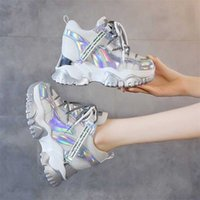 TUINANLE COONKY кроссовки на высоком каблуке 10 см Женщины осень толстые нижние платформы кроссовки роста рост женщина серебряная повседневная обувь 201217