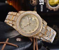 Hombres brillantes de oro Reloj Full Diamond Iced Out Mens Relojes para hombre Acero inoxidable Árabe Dial Cuarzo Movimiento Regalo Partido Reloj Bling Wring Wristwatch