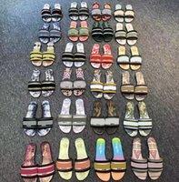 Klasikler Sandalet Moda Terlik Slaytlar Çiçek Brocade Dişli Dipleri Çevirme Kadın Ayakkabı Çizgili Plaj Nedensel Terlik Home011 27