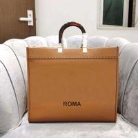 Brown luxurys designer sacs à main sacs fourre-tout en cuir Matériau de cuir de grande capacité Bandbody Sac Hommes Femmes Universal Classic Style Pochette