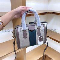 أفضل جودة عالية المصممين الفاخرة حقيبة رخيصة crossbody إمرأة الأزياء حقائب الكتف إلكتروني سيدة رفرف مخلب أكياس 2021 وسادة جديدة حقيبة اليد