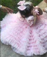 Robes de fille fille rose fleur fille robe dentelle blanche plume avec arc haute style basse images de vrais images filles pageant robes anniversaire fête d'anniversaire