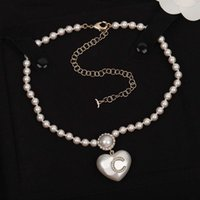 2021 Style de mode Top Qualité Drop Boucle d'oreille en forme de coeur avec diamant et blanc de couleur pour femme cadeau de bijoux de mariage ont un tampon de boîte PS3960