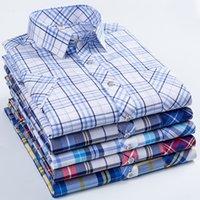 2021 NUEVO Camisa de verano Hommes Manga corta Slim Cuello Soft Fashion Plaid Causal Business Shirts Men M-5XL LRIN
