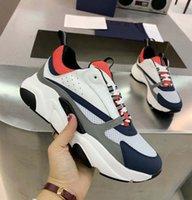 Toppkvalitet Män Kvinnor Klassisk Casual Shoes Outdoor Technology Trainers Mens Womens Fashion Par Outdoors Platform Trainer Sneaker med Box Home011 49