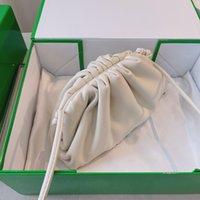 Sac à bandoulière de luxe de designer Sac à bandoulière de luxe Femme Cuir Véritable Véritable Différents couleurs Sac à main multi-style avec la boîte d'origine Taille 22 5 13 cm