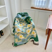 Blankets Casual Carpet Decoration Flower Vase Blanket Sofa Woven Single Tapestry Throw
