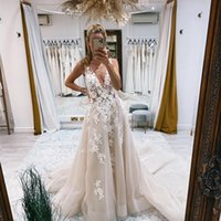 Sexy Deep V Neck Backless Wedding Dresses Bridal Gowns Flower Pattern Appliqued Lace Tulle A Line 2021 Modern Robe de Mariage Custom Size