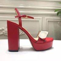 Nuovi tacchi alti di lusso in pelle Sandalo in pelle scamosciata Mid-tacco 11 cm Donne Designer Sandali Tacchi alti Summe Rwomen Sandali Dimensione 35-42