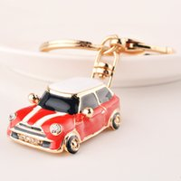 Retro Car keychain Classic Fashion Volkswagen Beetle Men's Women's Wallet Bag Cars Pendant Cute Small Keyring Gift