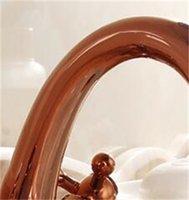Rubinetto del lavandino del bagno dell'annata + tubo dell'oro della rosa, miscelatore del rubinetto del bacino della cucina dell'acqua di rame antico, miscelatore del rubinetto retrò del doppio titolare HotCold 109 V2