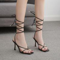 Sandales Daigelo Haute Talons Femmes Couleur Solid Casual Pieds Barefoo Bare-pieds Toe Flip Cross Strap Retro Style Roman