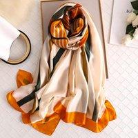 Mujer de lujo Seda Bufanda Diseñador 2021 Brecha Imprimir Verano Bufandas Foulde Female Hijab Beach Bufanda para Señora