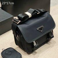 2021 Designer Mens Briefcase Black Birds Brand Crossbody Borse a tracolla in Nylon Messenger Bag 2-Piece Borse Casual Style con Triangolo Piccolo Borsa 2 Stili