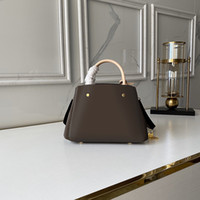 LVLOUISBAGVITTONLV Fashion Women Luxurys C4HL Bags Strap Designers Versatile Pure Bag Handbag Portable Same Luxury Star Saddle Lea