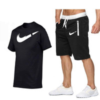 남자들은 여름 남성 S 디자이너 Tracksuit 의류 수영복 남성 T 셔츠 + 짧은 바지 2 조각 수영복 야외 조깅 스포츠 정장 세트
