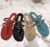 Lüks Tasarımcılar Ayakkabı Bayanlar Sandalet Perçin Yay Düğüm Düz Terlik Sandal Çivili Kız Ayakkabı Slaytlar Lady Çevirme Kutusu ile 35-40