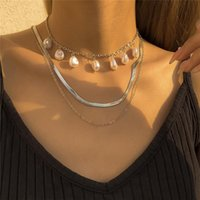 Chains Baroque Vintage Imitation Pearl Tassel Water Wave Chain Necklace Elegant Temperament Snake Bone Clavicle Of Female Jewelry