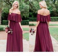 Country elegante Borgonha Borgonha Chiffon Dridesmaid Vestidos 2021 Modest Off The Shoulder Beach Plus Size Júnior Doméstica de Honor Wedding Convider Vestidos