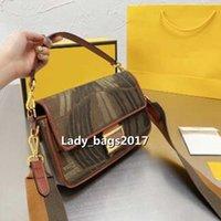 Luxurys Designer Tote Bag Branded crossbody Mini Handbag Women Evening Envelope Flap Letter Embroidery Purses Small Genuine Leather