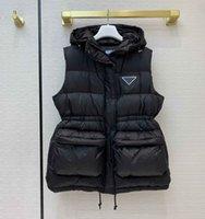 Kadın Tasarımcı Parkas 20FW Yeni Kolsuz Yelek Ceket Ters Üçgen Kadınlar Ile Kapşonlu Kış Sıcak Ceket Altın Siyah Renk Boyutu 36 38 40