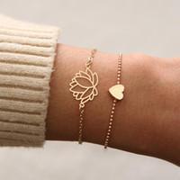 Bağlantı, zincir 2 adet / takım Basit lotus bilezikler büyüleyici kadın altın kalp-şekilli bilezik romantik parti takı hediye