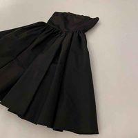 Damenkleid 21ss Neue Hot Casual Sexy Kleider Mode Stilvolle High Street Elemente New Trend Rock Größe: M-L