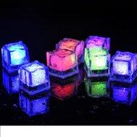 2021 LED Glace Cube Lights Polychrome Flash Flash Capteur de liquide Glace Glace Cube Submersible Lights Lights Decor Light Up Bar Club Parti de mariage