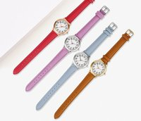 Wholesale Clear Numbers Fine Leather Strap Quartz Womens Watches Simple Elegant Students Watch 31MM Dial Wristwatches